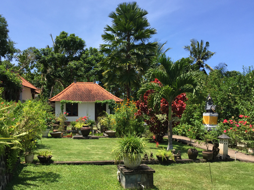 Bukit Asri Lodge Familie Bungalow in Oost Bali